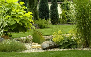 what Hampton Hill garden design includes